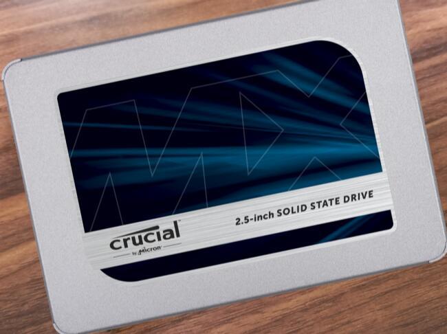 Crucial MX500 (2TB)